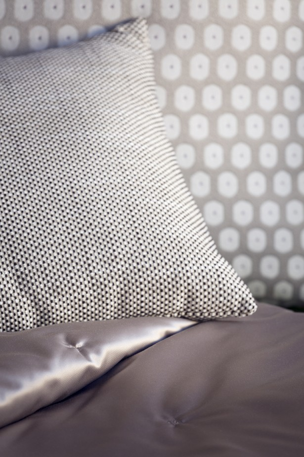 sophie-petit-frederique-viala-deco-coussin-tapisserie-architecure-interieure-decoration-textile