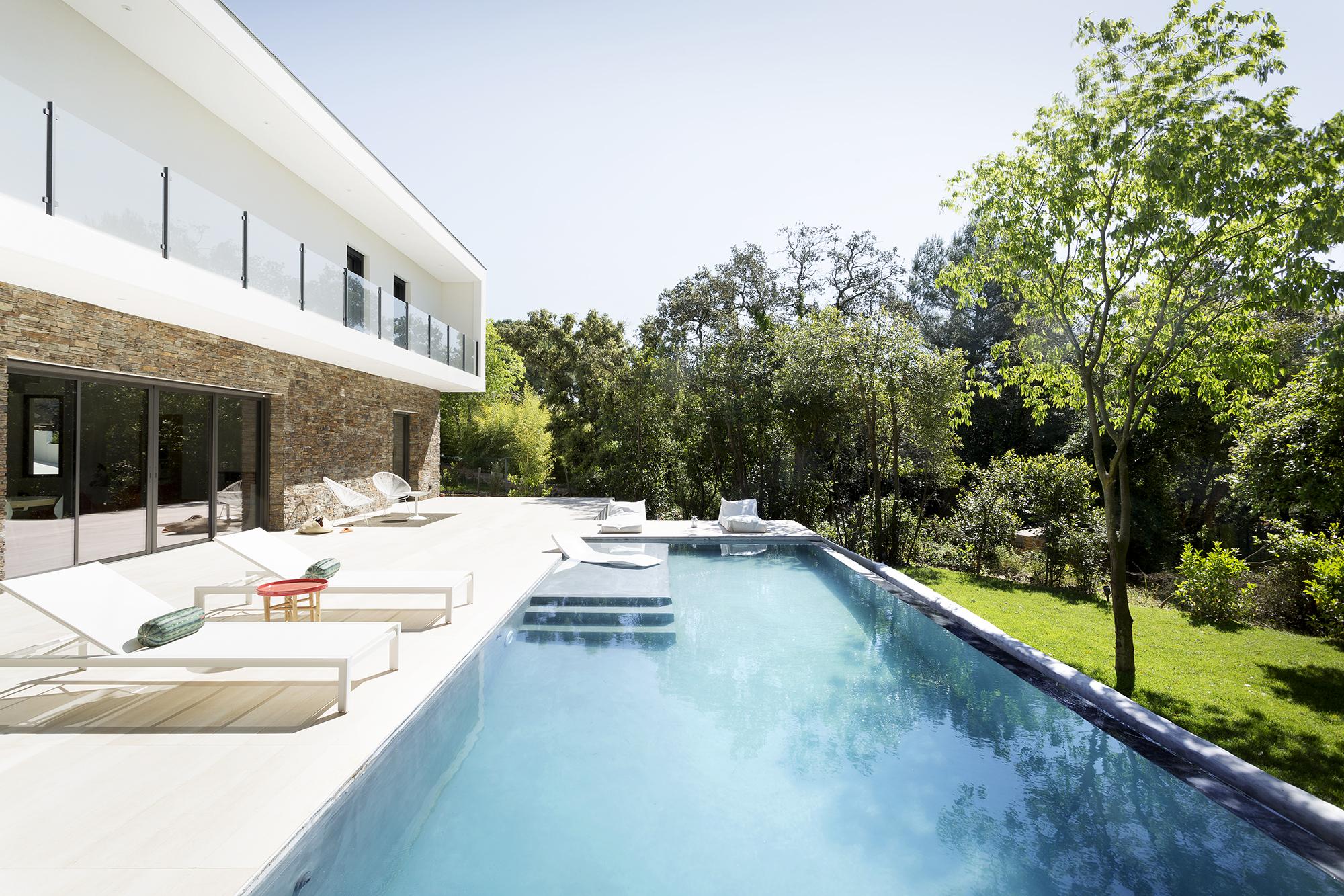 aura-architecture-julien-passerieux-architecte-architectural-teamarchi-house-mariecarolinelucat-photo