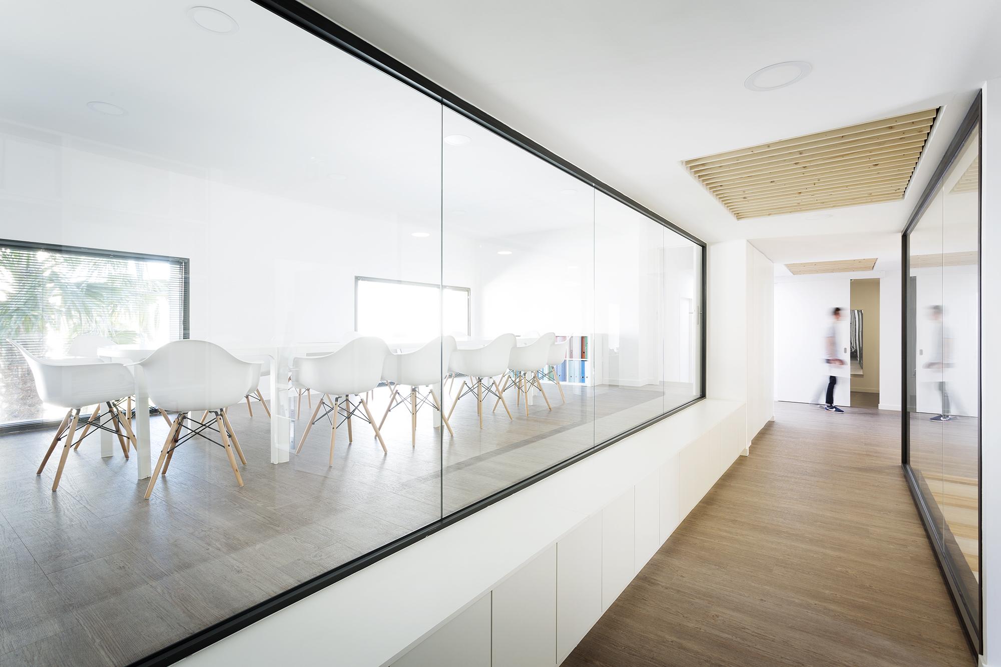 maxime-rouaud-architecte-les-villages-dor-architectural-teamarchi-offices-bureaux-2017-mc-lucat